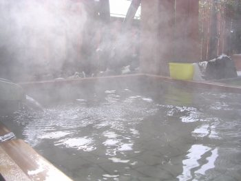 カビの発生しやすい湿度の高い浴室