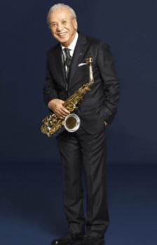 ジャズコンサートが人気の渡辺貞夫さん