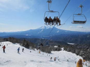 スキーヤー限定のスキー場の木曽福島スキー場