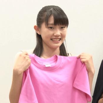 メンバーカラーがピンクの小野田紗栞