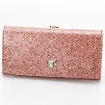 女子高校生に人気のアナスイの財布