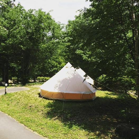 小黒川渓谷キャンプ場のグランピングのテント