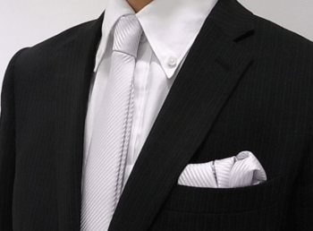 慶事で身につけるネクタイ