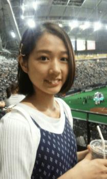 日本ハムファイターズの試合観戦をする谷本安美
