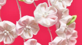 桜をイメージしたちりめんの髪飾り