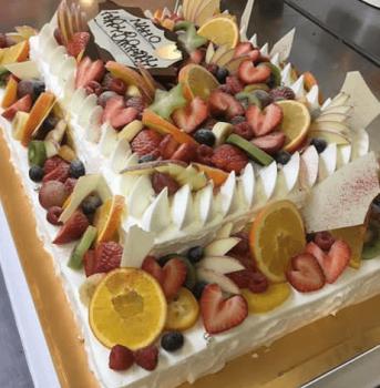 豪華なケーキ