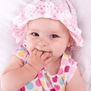 赤ちゃんかわいい