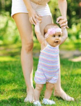 赤ちゃん外へ出る