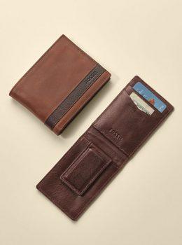高校生男子に人気のフォッシルの財布