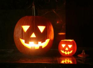 ハロウィンかぼちゃランタン作り方飾り種類くり抜き方12