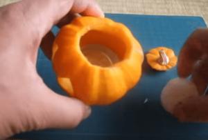 ハロウィンかぼちゃランタン作り方飾り種類くり抜き方19