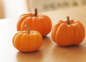 ハロウィンかぼちゃランタン作り方飾り種類くり抜き方35