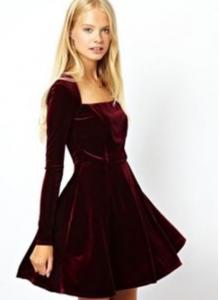 クリスマスコーディネート赤ドレス