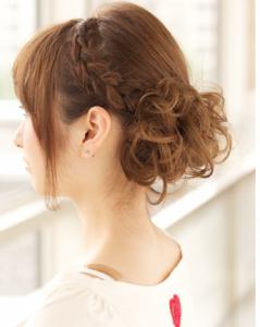 結婚式髪型ミディアム髪型