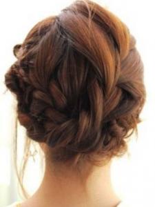 結婚式髪型ロングハーフアップふんわり