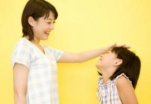 小学校親褒める起立性調節障害