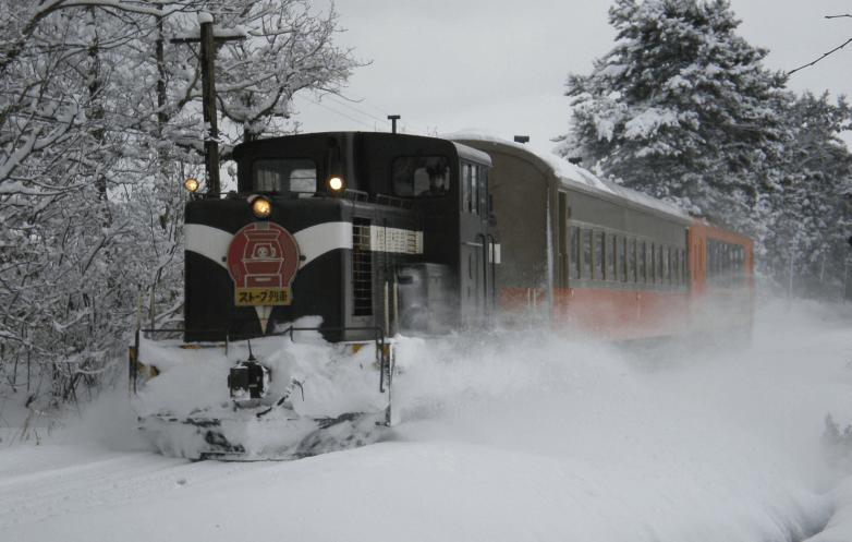 トランスイート四季島運行区間ルート2泊3日ストーブ列車