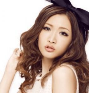 モデル紗栄子ルルルン