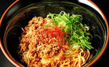 広島汁なし担々麺