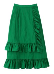 グリーンのフリルのスカート