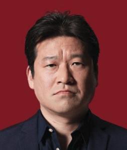丸山昭雄(佐藤二朗)