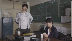 真弓と太郎職員室にて