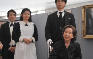 車椅子の百合子