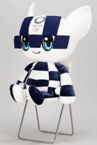 東京オリンピック特大ぬいぐるみ