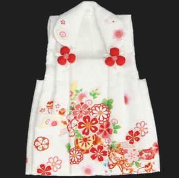3歳の女の子用の被布